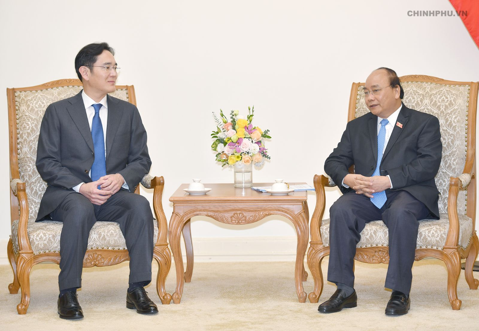 Vietnam should be Samsung's biggest global strategic hub: PM