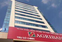 Vietnam's Agribank plans IPO in 2020: Chairman